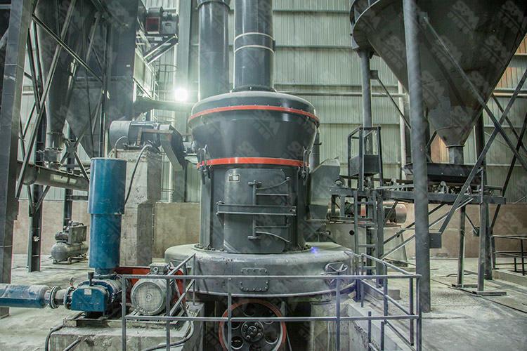 新疆时产7吨煅后石油焦磨粉生产线